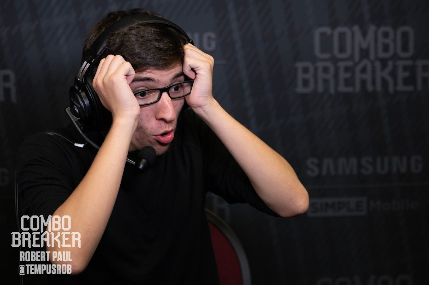 """alex """"cookie"""" shaw, apparently in the middle of having his mind blown at combo breaker"""